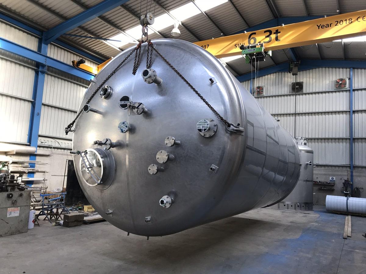 Large Vessels - SX Engineering - Abbvie bio waste storage vessel