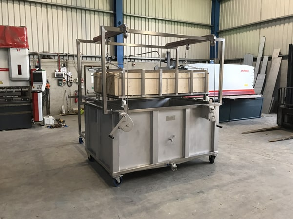 Stainless Steel Specialists - SX Engineering - TINE cheese board washing tank