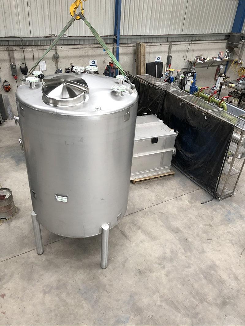 Small Vessels - SX Engineering - fox _ geese carmel tank