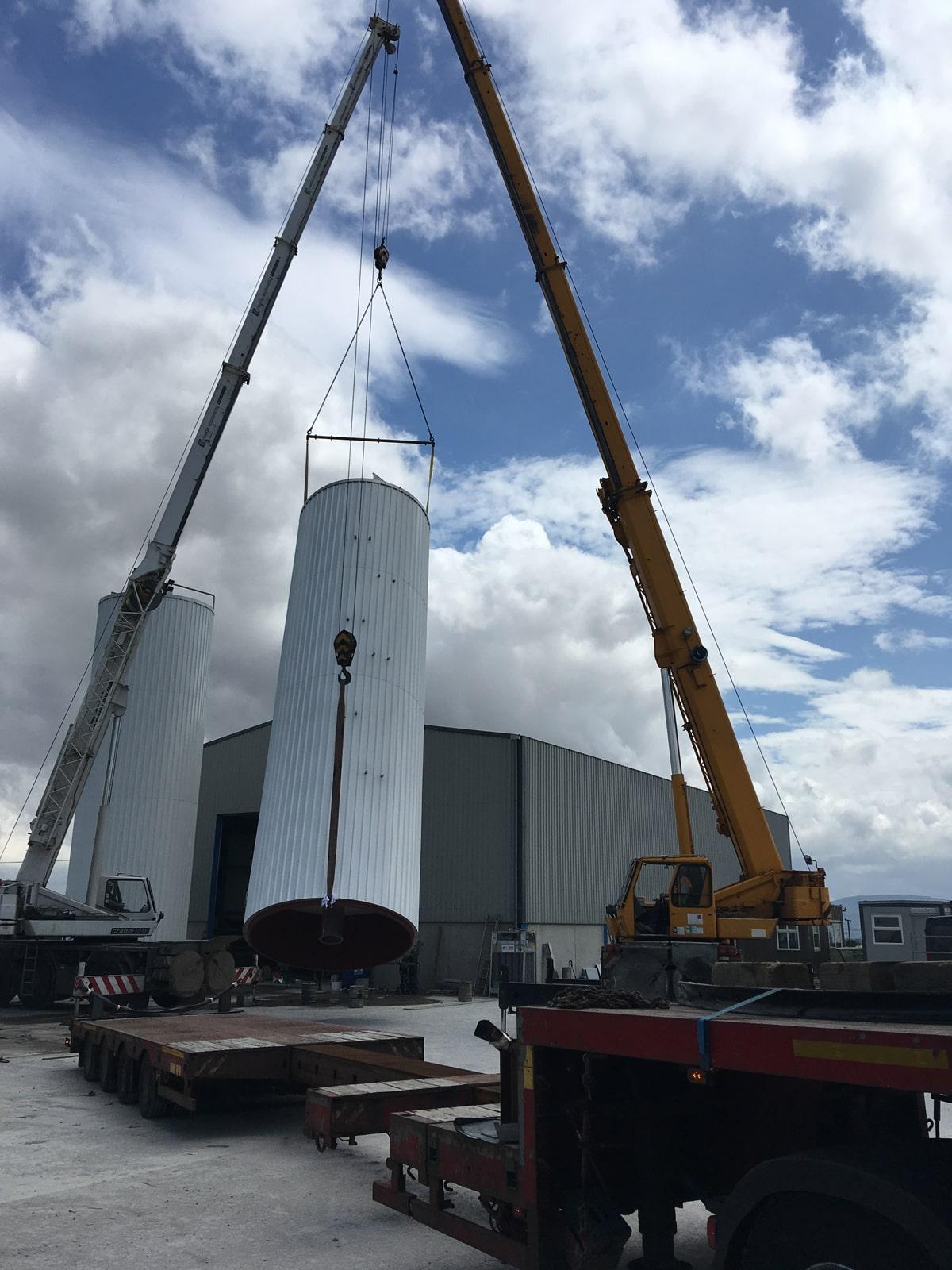 Large Vessels - SX Engineering - Loading vegetable oil silos