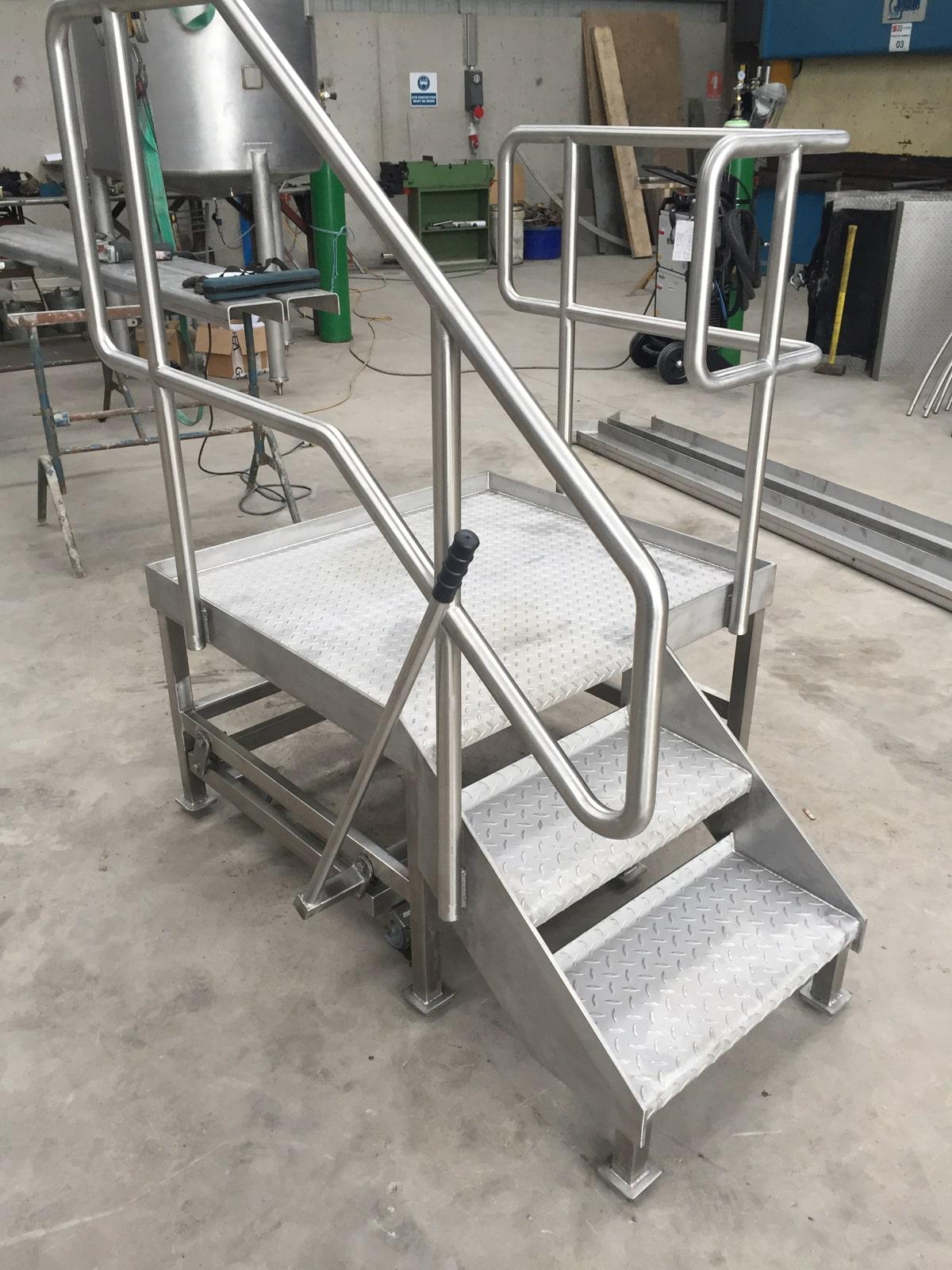Bespoke Fabrications - SX Engineering - Moveable tank access platform