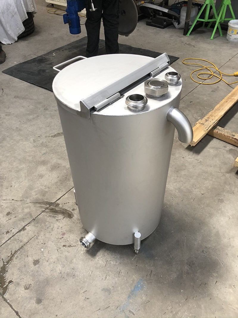 Small Vessels - SX Engineering - seal water pot